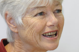Green Party MP Jeanette Fitzsimons said there was nothing in the bill that would reduce carbon emissions