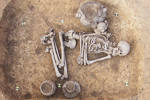 The man was buried in a manner typical of women of the era