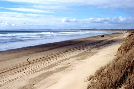 Ninety Mile Beach is a key part of the settlement  (Photo: Te Ara)
