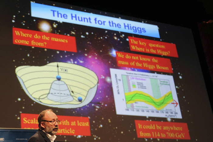Pier Oddone of Fermilab talks during the Australian Science Media Centre background briefing on the search for the Higgs boson in Melbourne in July (Reuters)