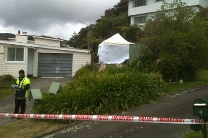 The scene on Sunrise Boulevard where the woman's body was found (photo: Jerram Watts / 3 News)