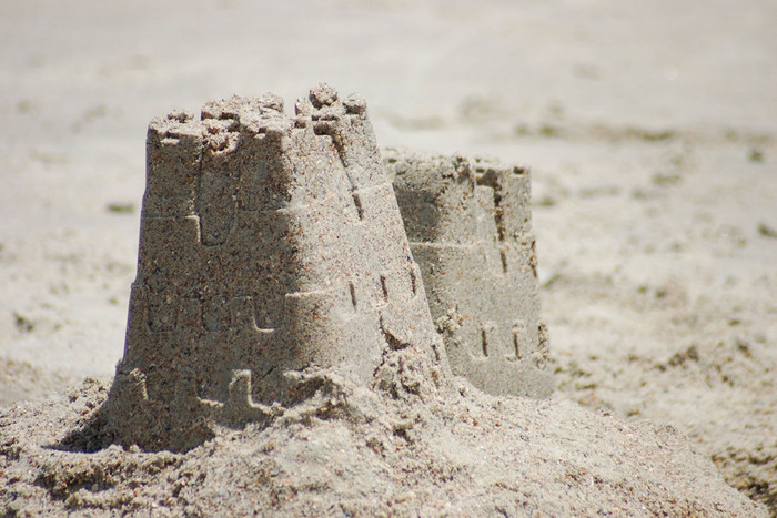 Locals helped construct 1523 sandcastles at Lyall Bay on Sunday (file pic)