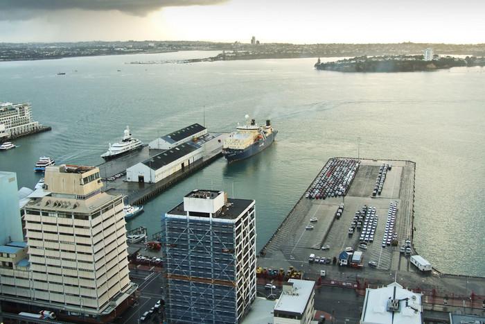 Auckland's harbour (NZfreephotos.com)