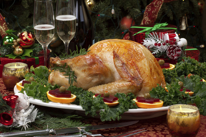 Mothers are more likely to cook the festive meal, says Stats NZ