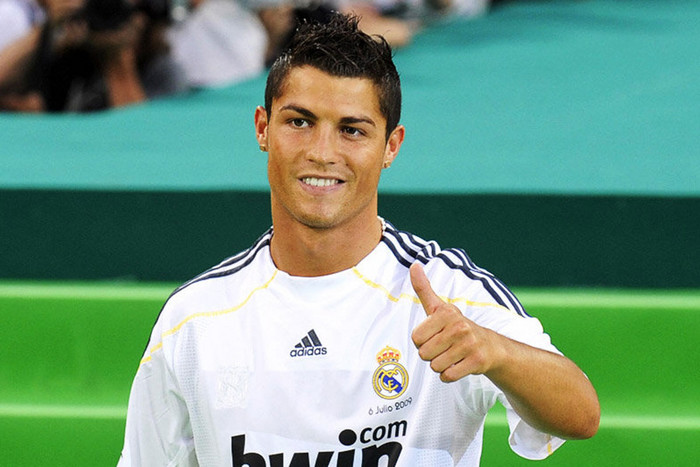 Will it be thumbs up for Cristiano Ronaldo at the end of 90 today? (Reuters file)