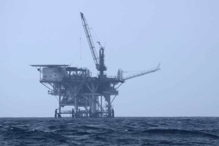 Anadarko say they will start deep-sea drilling in New Zealand at the end of 2013