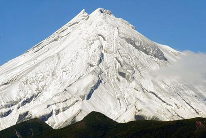 Mt Taranaki (file)