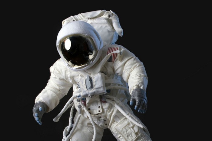 Excerpts from astronaut diaries in a NASA report show prevalent sleep problems