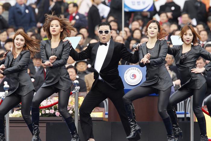 Psy (Reuters)