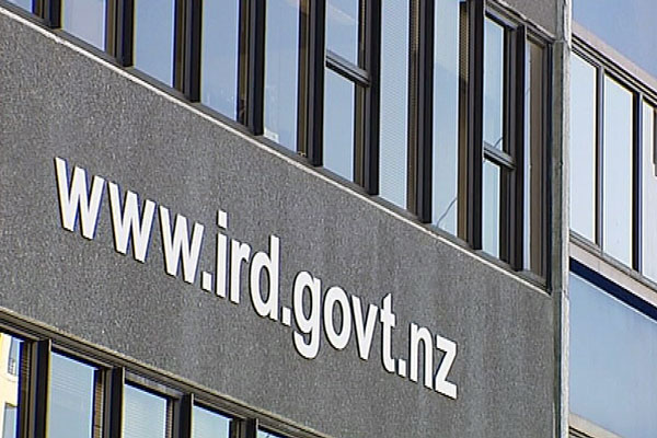 Peter Dunne is promising to take one step at a time when IRD upgrades its technology at a ballpark $1.5b cost