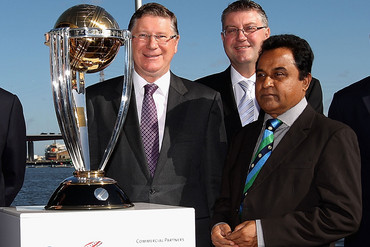 Mustafa Kamal (R) didn't get to present the World Cup trophy (Photosport)