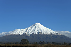 Dutch tourist stranded on Mt Taranaki safely rescued