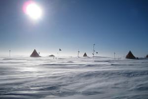 Antarctic glaciers lose 'astonishing' amount of ice