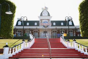 Dreamworld cancels memorial service