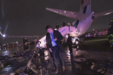 The plane tore up the runway before coming to a halt (Newshub.)
