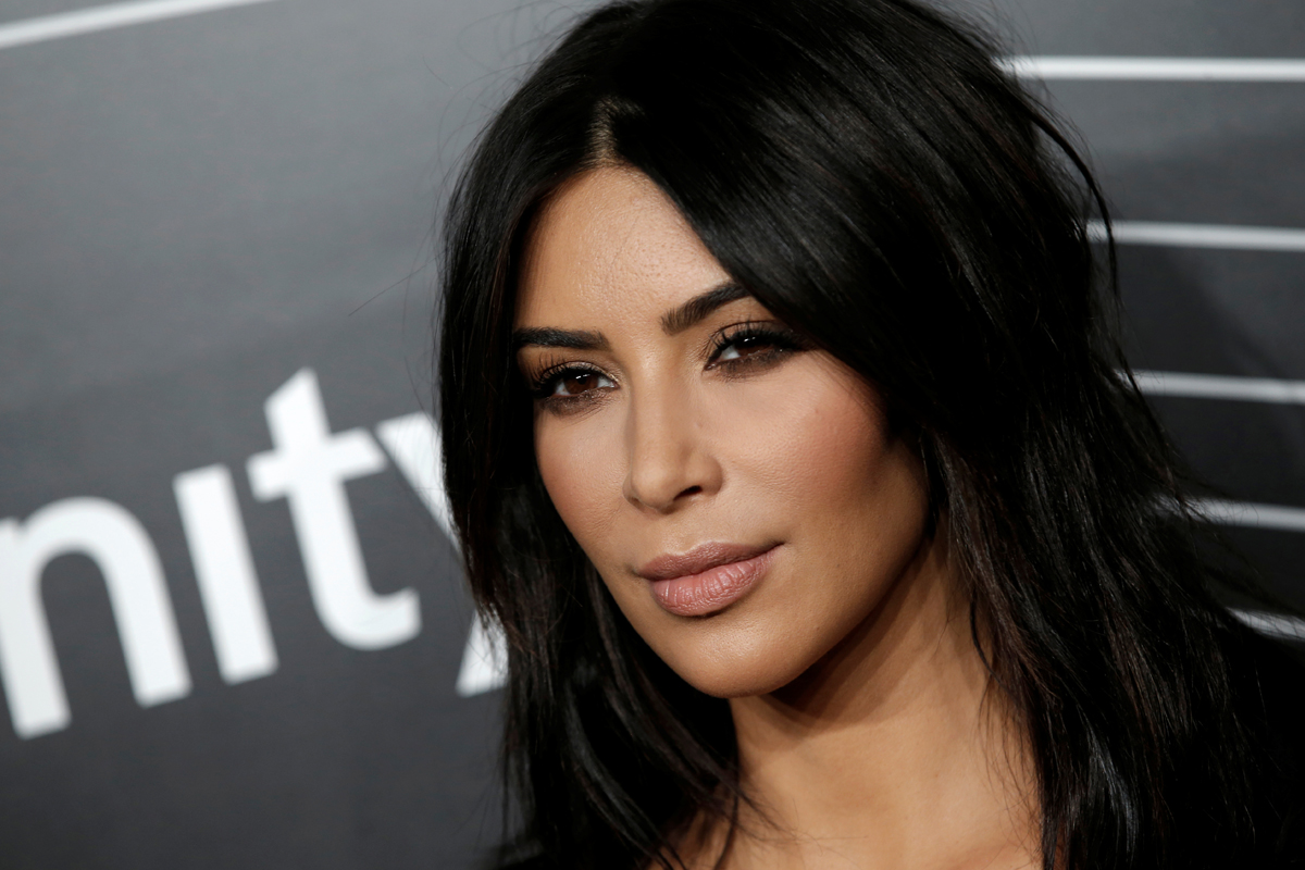 Kim Kardashian West Held At Gunpoint In Paris
