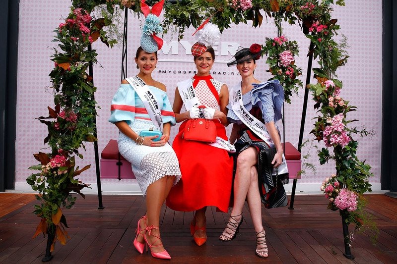 Myer Fashions on the Field Women's Racewear competition Olivia Moor and Runners Up Yvette Hardy and Charlotte Moor pose on Emirates Melbourne Cup Day at Flemington Racecourse (Getty)
