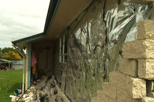 NZ quake: Resident thrown out of bed as cladding came off the house