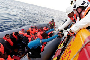 Auvillain said rubber boats are normally packed with about 120 migrants (Reuters / file)