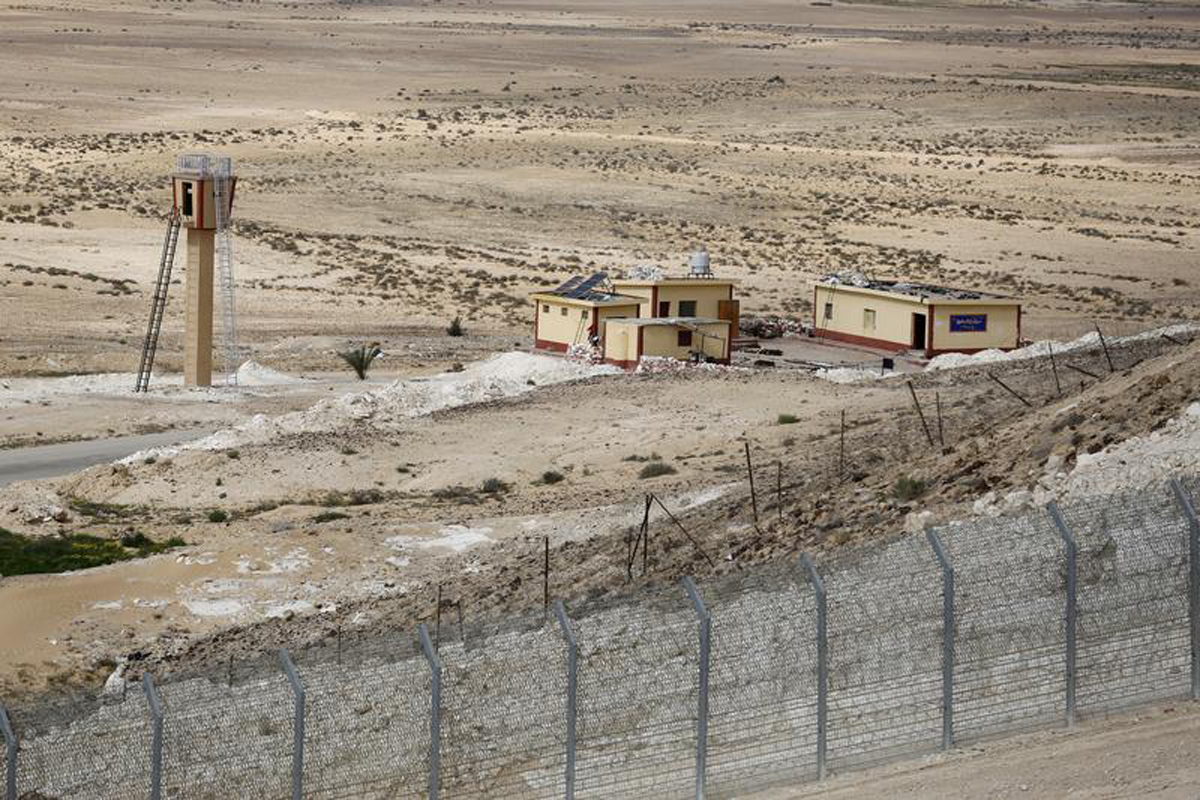 Islamic State says behind attack on checkpoint in Egypt's Sinai