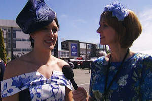 Sophie Pascoe and Story judge fashion at Christchurch Cup