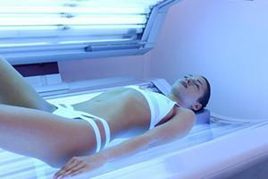 There's been a renewed call to ban sunbeds (Getty / file)