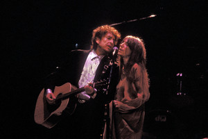 Bob Dylan and Patti Smith in 2001 (Getty)