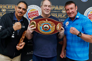 Joseph Parker and Andy Ruiz camps trade verbal jabs