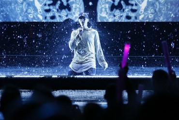 Justin Bieber performs (Reuters)