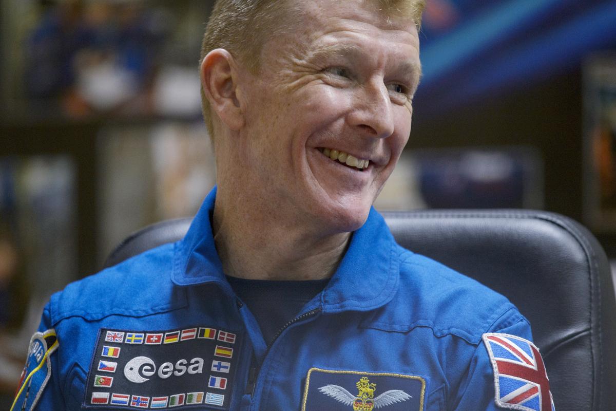 British astronaut Tim Peake running London Marathon from space