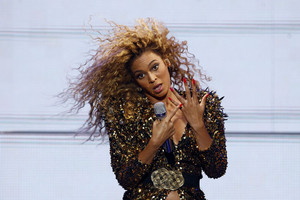 Beyonce performs (Reuters)