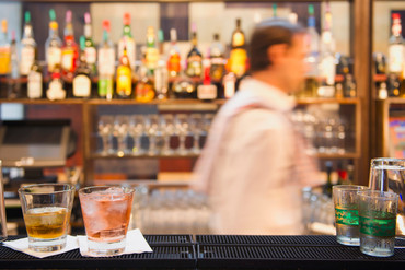 Hospitality New Zealand says bars provide a controlled environment for consuming alcohol (Getty)