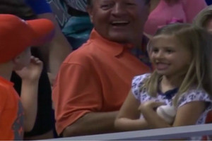 Video: Young boy proves chivalry is alive and well at MLB game