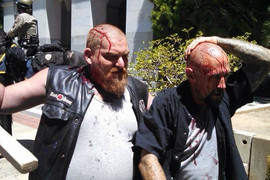 Far-right protesters injured in clashes in Sacramento (Carlo Tresca / Twitter)
