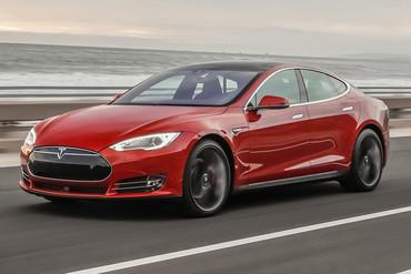 A 2015 Model S Tesla