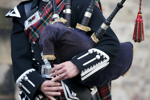 Doctors in the UK have labelled the condition 'bagpipe lung' (Getty)