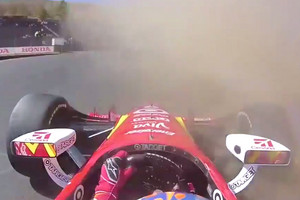 Video: Scott Dixon doesn't appreciate Will Power's dirty IndyCar moves