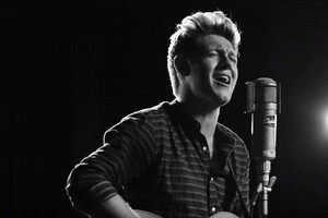 Niall Horan drops first solo single, 'This Town'
