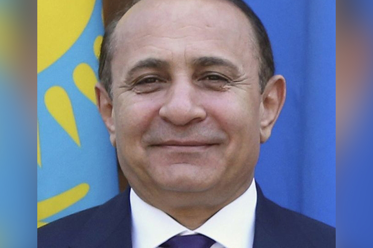Armenia: Prime Minister Hovik Abrahamyan Resigns